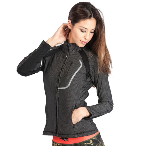 gr1ps-chillout-tracktop-nainen